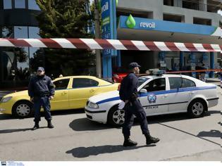 Φωτογραφία για Έγκλημα στο Ελληνικό: Απόστρατος σκότωσε τη γυναίκα του και αυτοκτόνησε