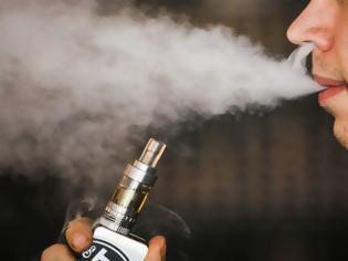 Φωτογραφία για Τριάντα πέντε επιστήμονες «καυτηριάζουν» την πολιτική της κυβέρνησης για το ηλεκτρονικό τσιγάρο