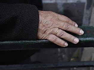 Φωτογραφία για Η μνημονιακή χρηματοδότηση της Υγείας υπεύθυνη για τη μείωση του προσδόκιμου ζωής στην Ελλάδα