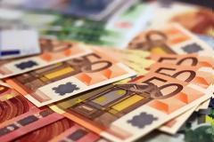 Έκτακτο επίδομα Πάσχα 250 ευρώ σχεδιάζει η κυβέρνηση