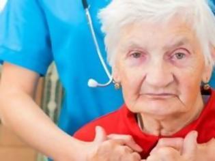 Φωτογραφία για Η ευκολία στην εξαπάτηση των ηλικιωμένων μπορεί να αποτελεί πρώιμο σύμπτωμα της νόσου Αλτσχάιμερ