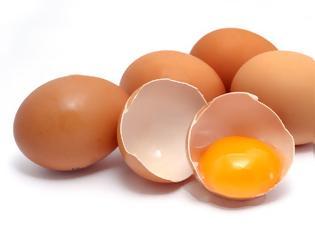 Φωτογραφία για Πόσο ωφέλιμα είναι τα αυγά; Πόσα επιτρέπεται να τρώμε; Η αλήθεια με την χοληστερίνη