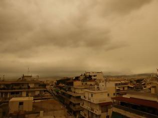 Φωτογραφία για Καιρός τώρα: «Εκρηκτικό» κοκτέιλ με αφρικανική σκόνη και λασποβροχές «πνίγει» την Ελλάδα
