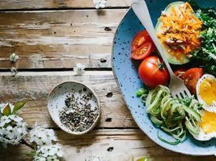 Φωτογραφία για Οι διατροφικές συνήθειες που θα κάνουν τη διαφορά στα κιλά σου!