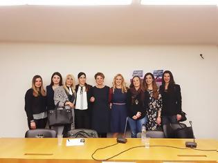 Φωτογραφία για Η Αλληλεγγύη Γυναικών της ΔΕΚΑ για την ίδρυση του Τμήματος Αντιμετώπισης Ενδοοικογενειακής Βίας