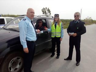 Φωτογραφία για Αντί για κλήσεις μοίραζε ευχές και συμβουλές η Ένωση Αστυνομικών Υπαλλήλων Πέλλας