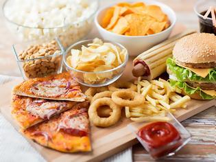 Φωτογραφία για Ποιες είναι οι επιπτώσεις των πρόσθετων στα τρόφιμα σύμφωνα με νέα έρευνα;