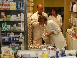 Φωτογραφία για ΕΟΠΥΥ: Προσλήψεις φαρμακοποιών και παρεμβάσεις για καλύτερη εξυπηρέτηση