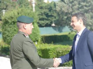 Φωτογραφία για Στην 1η Στρατιά ο Κυριάκος Μητσοτάκης (ΦΩΤΟ - ΒΙΝΤΕΟ)