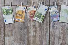 Μισό εκατομμύριο Έλληνες παίρνουν λιγότερα από € 500...