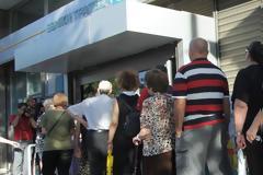 «Μουδιασμένοι» οι συνταξιούχοι από την κουτσουρεμένη 13η σύνταξη