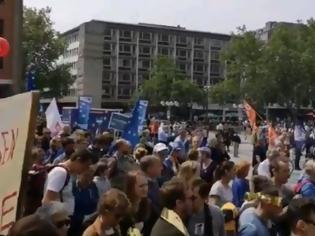 Φωτογραφία για Γερμανία: Διαδηλώσεις κατά του εξτρεμισμού σε επτά μεγάλες πόλεις