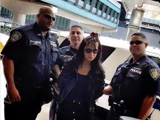 Φωτογραφία για Γιατί συνέλαβαν την Πάολα στην Νέα Υόρκη;