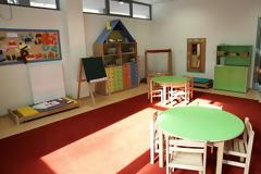 Αυξάνονται οι δωρεάν θέσεις στους παιδικούς σταθμούς
