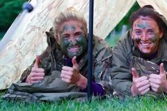 Η εθνική Αγγλίας γυναικών προετοιμάστηκε με τους πεζοναύτες!