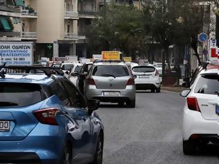 Φωτογραφία για «Φρένο» και πάλι στις εξετάσεις για δίπλωμα οδήγησης. Διαμαρτυρίες ηλικιωμένων οδηγών