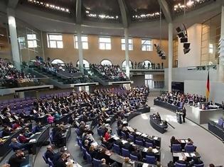 Φωτογραφία για Υπέρ της ένταξης των Σκοπίων στο ΝΑΤΟ ψήφισε η γερμανική Βουλή