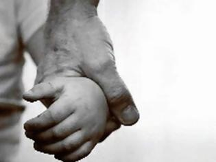 Φωτογραφία για Λευκάδα: Συνελήφθη μετά από μήνυση της Αγρινιώτισσας εν διαστάσει συζύγου του για αρπαγή του ανήλικου παιδιού τους