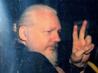 Φωτογραφία για Ο Julian Assange απογυμνώνει το νομικό και πολιτικό σύστημα των ΗΠΑ