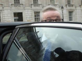 Φωτογραφία για Σοκάρει ο υποψήφιος διάδοχος της Μέι: Έκανα χρήση κοκαΐνης...