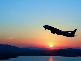 Φωτογραφία για Τσουχτερά τα αεροπορικά εισιτήρια για Ελλάδα