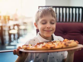 Φωτογραφία για Ποιες είναι οι πιο παχυντικές τροφές για τα παιδιά