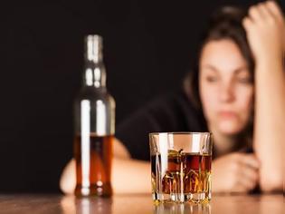 Φωτογραφία για Αγρίνιο: 14χρονη προσήχθη υπό την επήρεια αλκοόλ – συνελήφθη ο 45χρονος πατέρας της