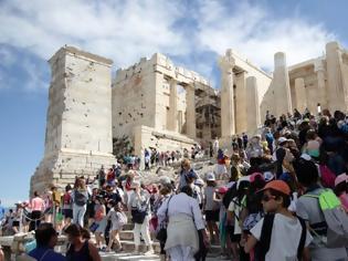 Φωτογραφία για Το βρετανικό ΥΠΕΞ εξέδωσε ταξιδιωτική οδηγία για την Ελλάδα: Προσοχή στα κουνούπια!