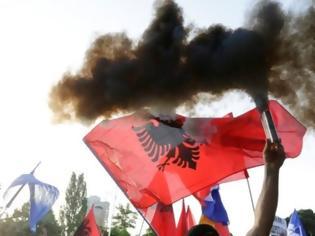 Φωτογραφία για Αλβανία: «Πόλεμος» δηλώσεων μεταξύ Μέτα και Ράμα - «Δεν πρόκειται να παραιτηθώ» δηλώνει ο Πρόεδρος