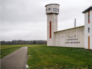 Φωτογραφία για Ομηρία σε φυλακή στη Γαλλία: Συνελήφθη ο δράστης