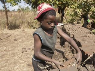 Φωτογραφία για Το 10% του παγκόσμιου πληθυσμού παιδιών κάτω των 14 ετών εργάζεται!