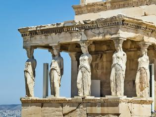 Φωτογραφία για «Οι Έλληνες πήραν τον άνθρωπο και τον έστησαν στα πόδια του»