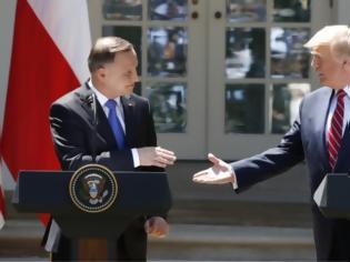 Φωτογραφία για Ψυχρός πόλεμος: Γιατί ο Τραμπ στέλνει άλλους 2.000 στρατιώτες στην Πολωνία;