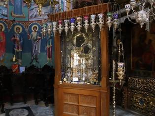 Φωτογραφία για Άγιο Όρος: Σε εξέλιξη οι έρευνες για τον εντοπισμό του ιερόσυλου που έκλεψε τάματα