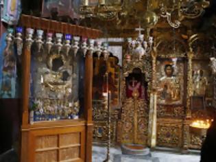 Φωτογραφία για 12139 - Συνελήφθη ο ιερόσυλος που αφαίρεσε τα τάματα από την Παναγία Πορταΐτισσα