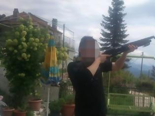Φωτογραφία για Σοκ από την αυτοκτονία 23χρονου φοιτητή από την Παραβόλα Αγρινίου, που κρεμάστηκε στη φοιτητική εστία του Ρίου – Τον βρήκαν οι γονείς του