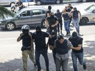 Φωτογραφία για Καθαρά τα όπλα των δύο ληστών στο ΑΧΕΠΑ της Θεσσαλονίκης