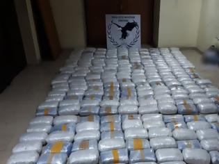 Φωτογραφία για Καλύβα έκρυβε ποσότητα «μαμούθ» 271 κιλών χασίς