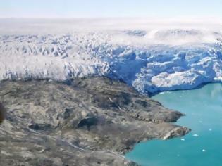 Φωτογραφία για Ο πλανήτης εκπέμπει SOS: Πάνω από το 40% των πάγων της Γροιλανδίας έλιωσε σε μόλις μία εβδομάδα