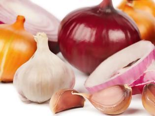 Φωτογραφία για Σκόρδο και κρεμμύδι: Πόσο υγιεινά είναι τελικά;