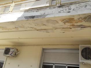 Φωτογραφία για Νοσοκομείο Κιλκίς: Καταρρέουν σοβάδες και από τύχη δεν είχαμε τραυματίες – Δείτε εικόνες!