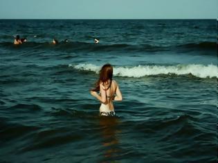 Φωτογραφία για Τι συμβαίνει στο σώμα σου όταν βουτάς σε παγωμένα νερά!