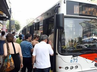 Φωτογραφία για Ταλαιπωρία και οργή στις στάσεις του ΟΑΣΘ: Μόνο 300 από τα 520 λεωφορεία κυκλοφορούν!