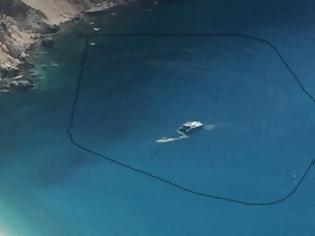 Φωτογραφία για Σκάφος ρυπαίνει με απόβλητα τον Μύρτο!