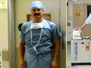 Φωτογραφία για Έλληνας χειρουργός στη Βρετανία σκοτώνει τους καρκινικούς όγκους