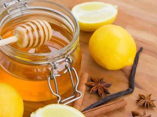Φωτογραφία για Αδυνατίστε πίνοντας λεμόνι με μέλι και κανέλα. Ρόφημα ζεστό ή κρύο