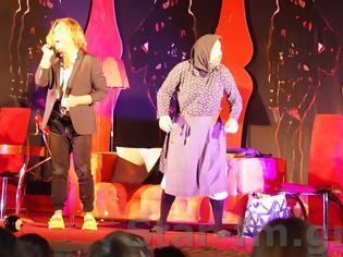 Φωτογραφία για Εικόνες από την Θεατρική παράσταση ΓΟΒΑ Παρθένα  στην Πηγαδίτσα Γρεβενών..