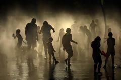 «Εβδομάδα της κολάσεως» στην Ευρώπη με θερμοκρασίες πάνω από 40 βαθμούς (φωτογραφίες)