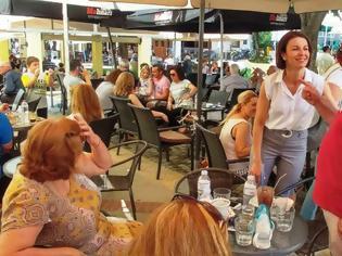 Φωτογραφία για Η υποψήφια βουλευτής της Νέας Δημοκρατίας Γρεβενών Λαμπρινή Κόγιου – Χατζηζήση στη Λαϊκή Αγορά και σε εμπορικά καταστήματα της Δεσκάτης (εικόνες)