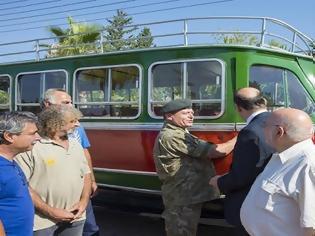 Φωτογραφία για Αποκαταστάθηκε από την Εθνική Φρουρά και επέστρεψε το 'Λεωφορείο της Αντίστασης